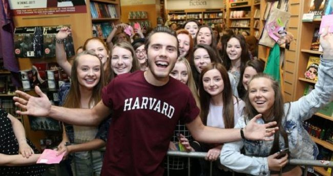 alfie with fans
