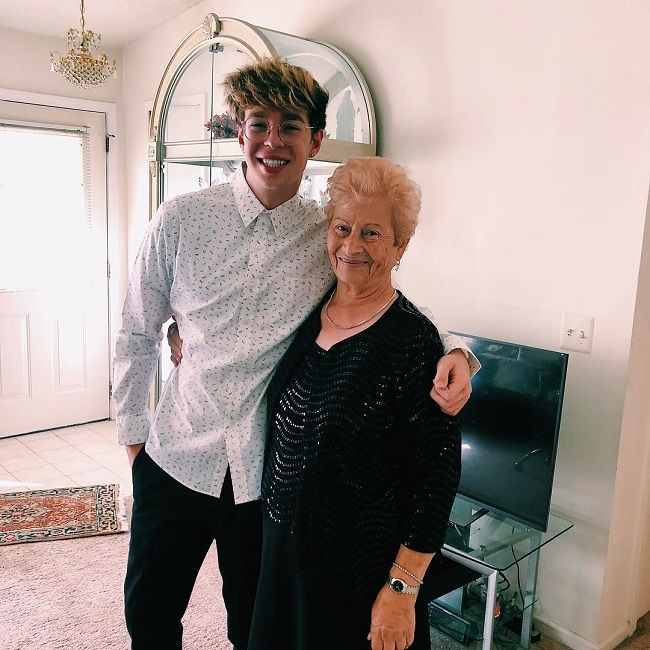 Arnau Marin Grandma