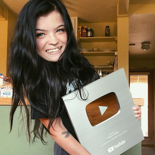 Taylor Reilly after getting 100k subscribers in YouTube