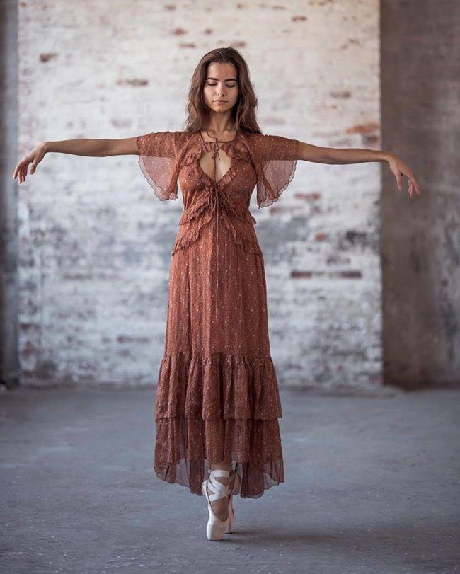 Violetta Komyshan- body