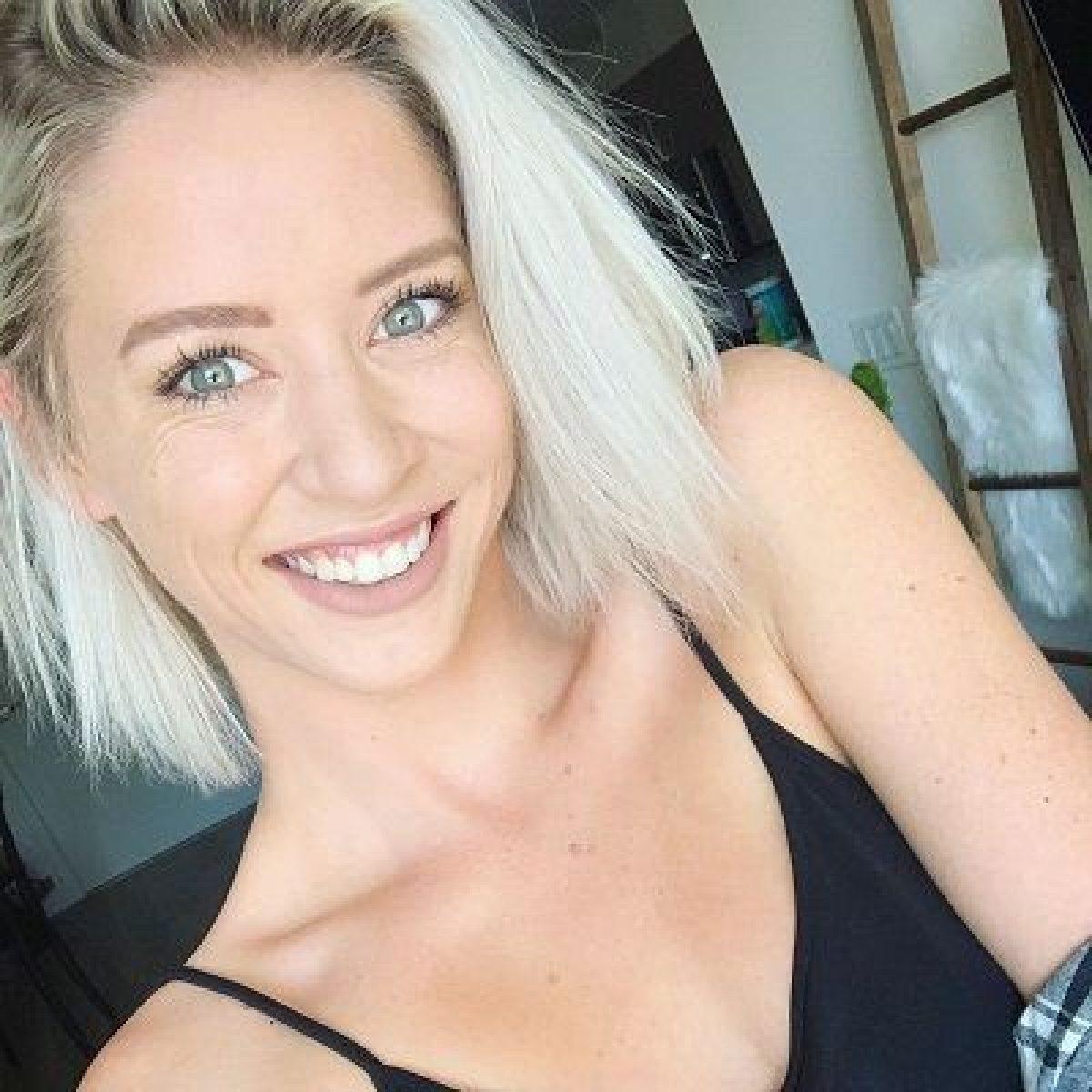 Lily Marston - Bio, Age, Net Worth, Height, Single, Nationality, Body Measurement, Career