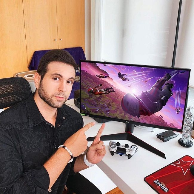 Vegetta777 Bio Age Net Worth Height Single Nationality Body Measurement Career