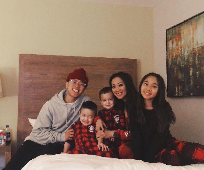 Michael Le family
