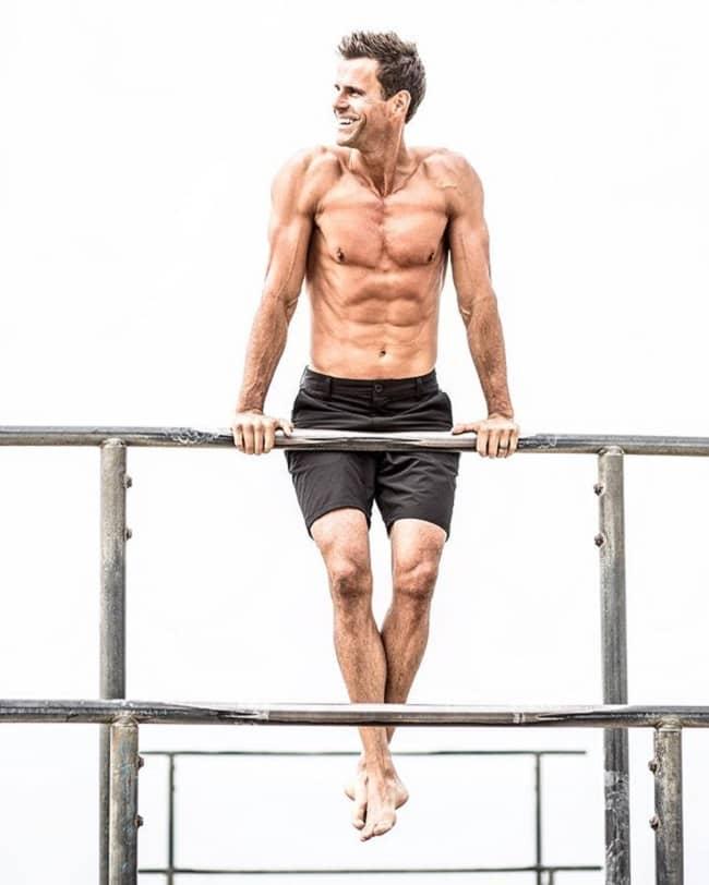 Cameron Mathison Body Measurement