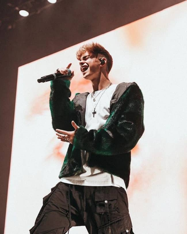 Corbyn Besson in the concert